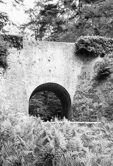 Fingask Castle, Craig Burn Bridge. General view of archway.