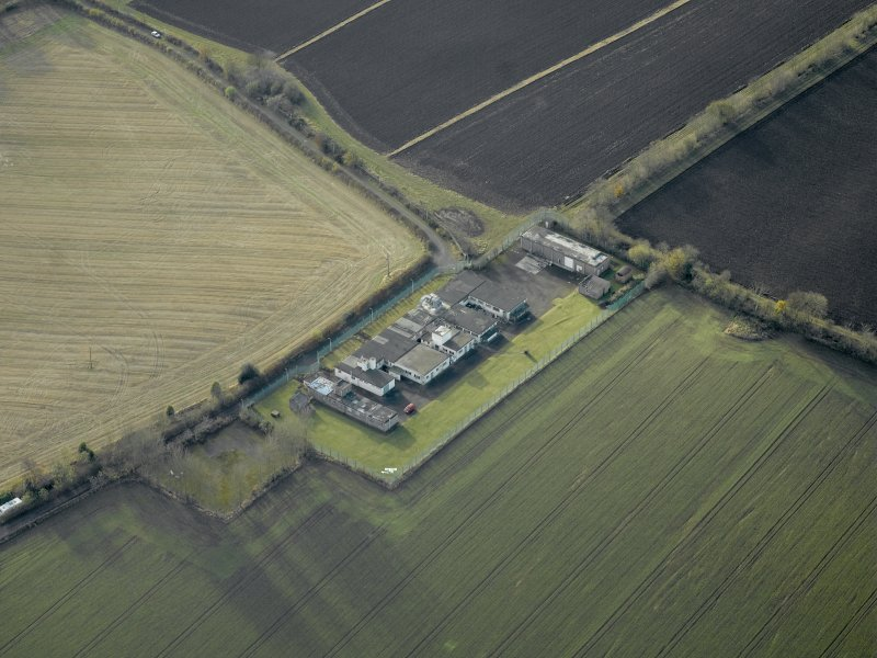 Oblique aerial view centred on the radar station, taken from the NE.