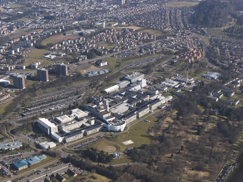 Oblique aerial view centred on Ninewells Hospital, taken from the SW.