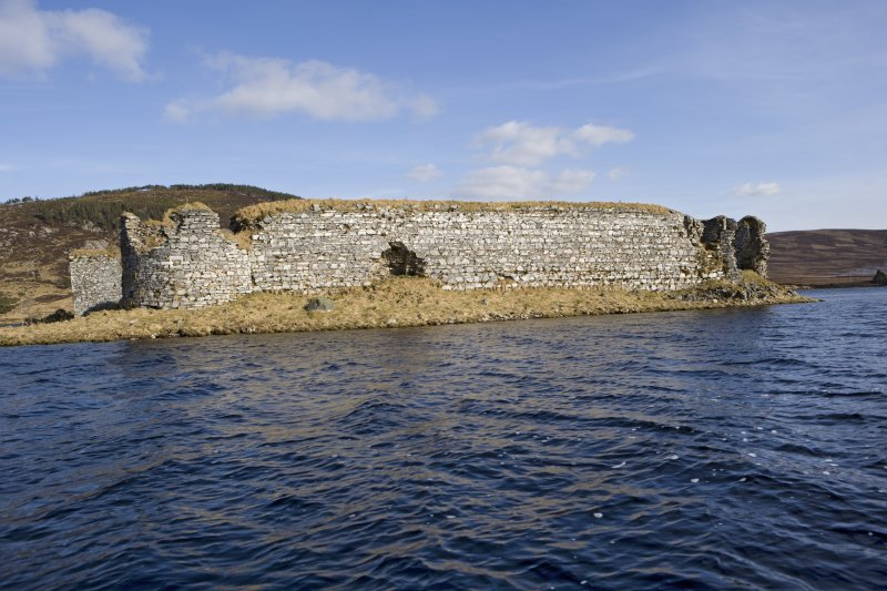W wall, view from loch to NW