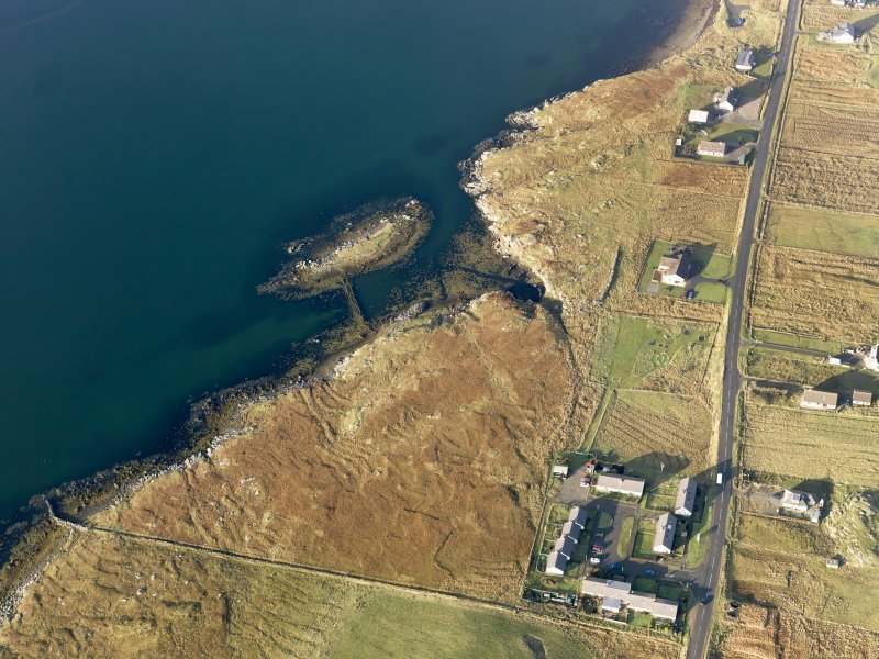 Oblique aerial vew centred on the causeway at Sgeir an Eoin, taken from the SE.
