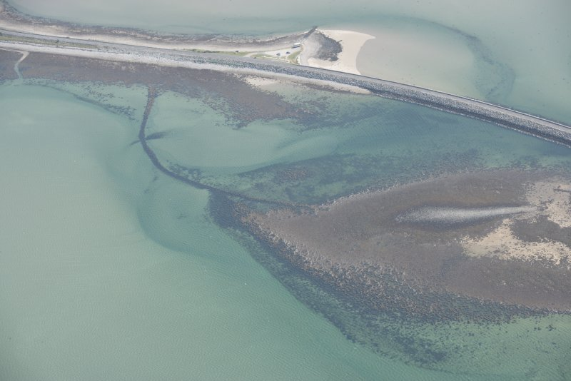 Oblique aerial view of Kyle of Tongue Bridge and Causeway, looking to the SSE.