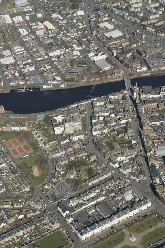 Oblique aerial view of Ayr New Bridge, St John The Baptist Church and Ayr Academy, looking NE.