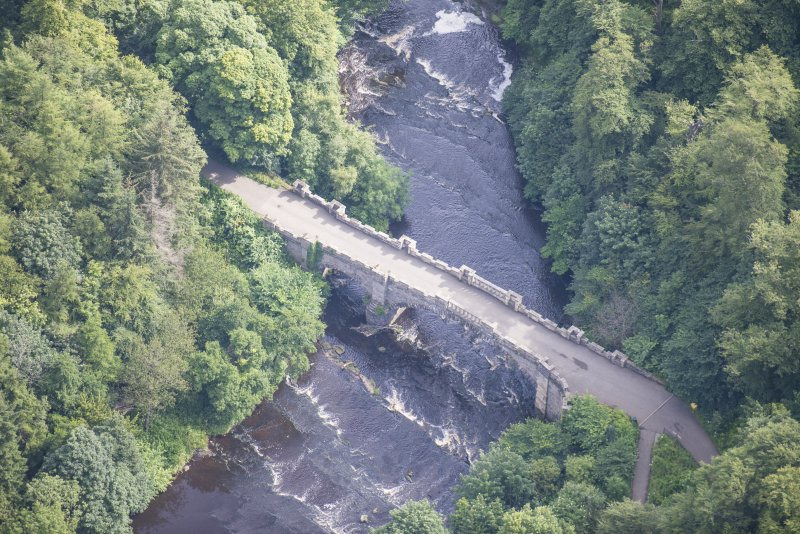 Oblique aerial view of Almondell Bridge, looking ENE.