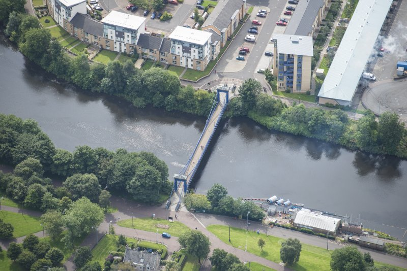 Oblique aerial view of St Andrew's Suspension Bridge, looking S.
