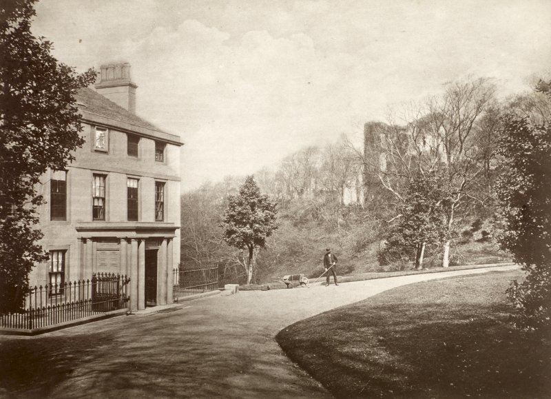 View of Cathcart House, Glasgow with Cathcart Castle visible in the background.