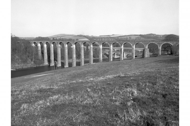 Leaderfoot Viaduct View from SW
