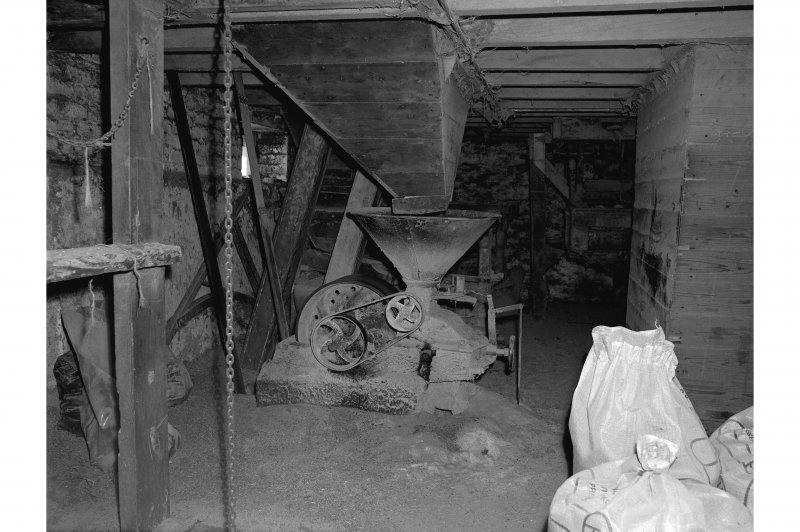 Millmannoch, Mill, interior View of oat bruiser