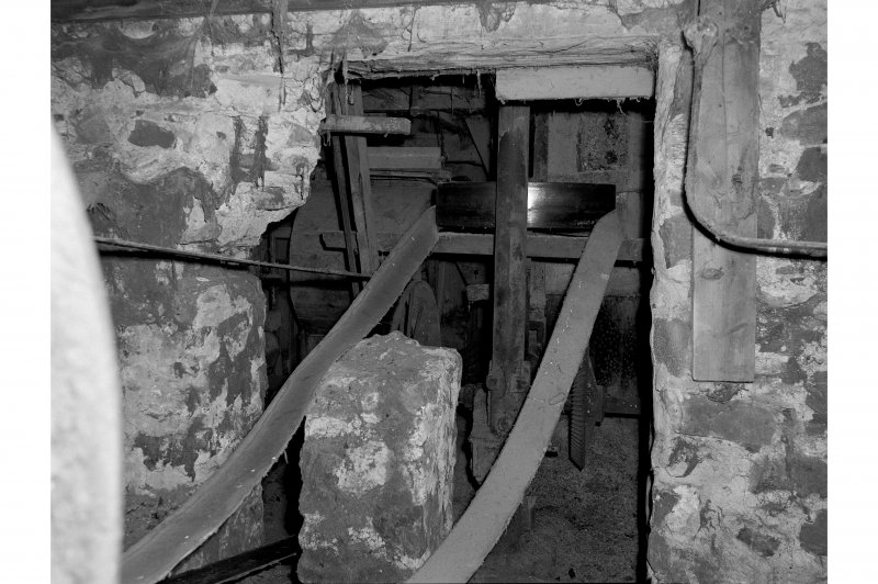 Millmannoch, Mill, interior View of drive belt from turbine