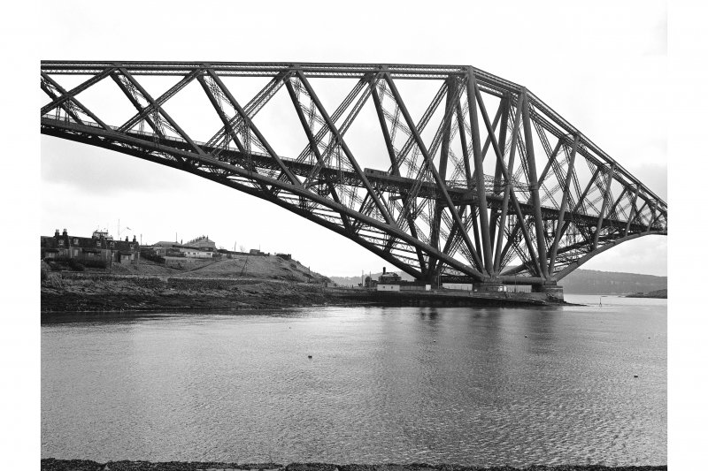 Forth Bridge View from WNW showing WSW front of N cantilever