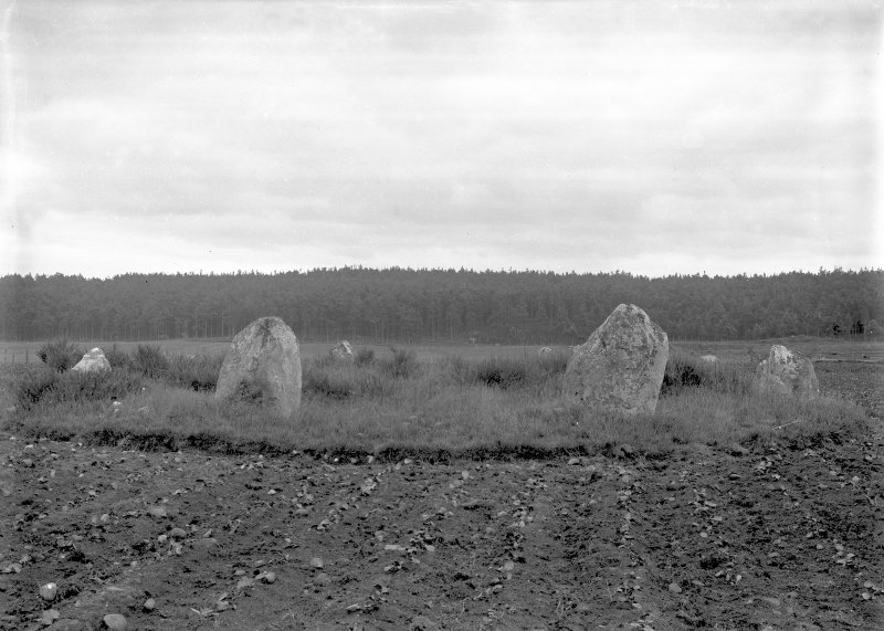 General view from the north. Original negative captioned 'Cullerlie Circle on Standingstones Farm, near Garlogie, Echt, viewed from North side July 1902'.