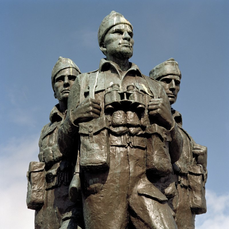 Detail of commando figures on war memorial at Spean Bridge from south.