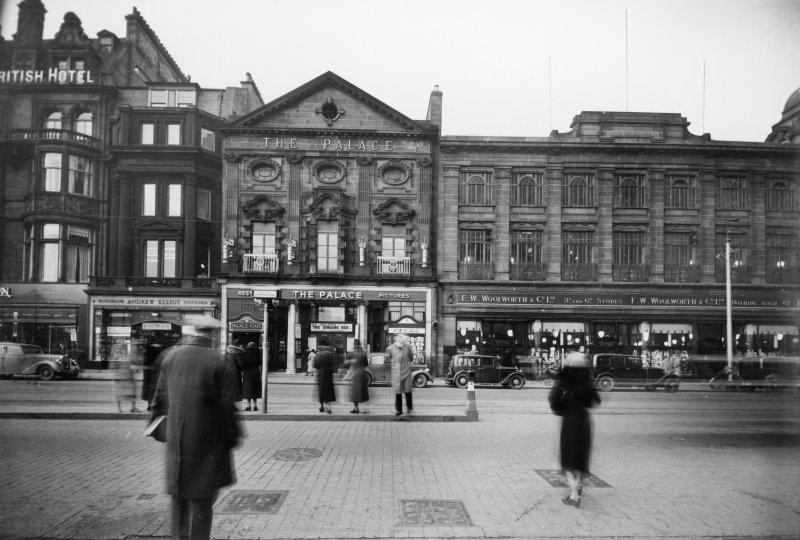View of the Palace Cinema and 10-20 Princes Street, Edinburgh. Since demolished.