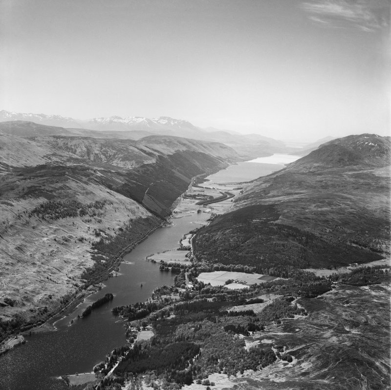 Loch Oich, general view, showing Glen Garry and Caledonian Canal.  Oblique aerial photograph taken facing south.