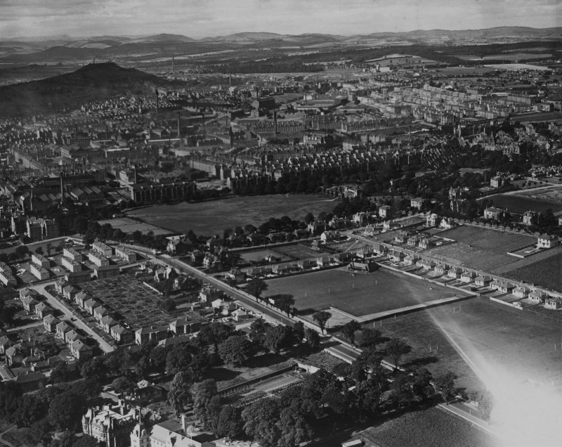 Dundee, general view, showing Arbroath Road and Baxter Park.  Oblique aerial photograph taken facing west.  This image has been produced from a print.