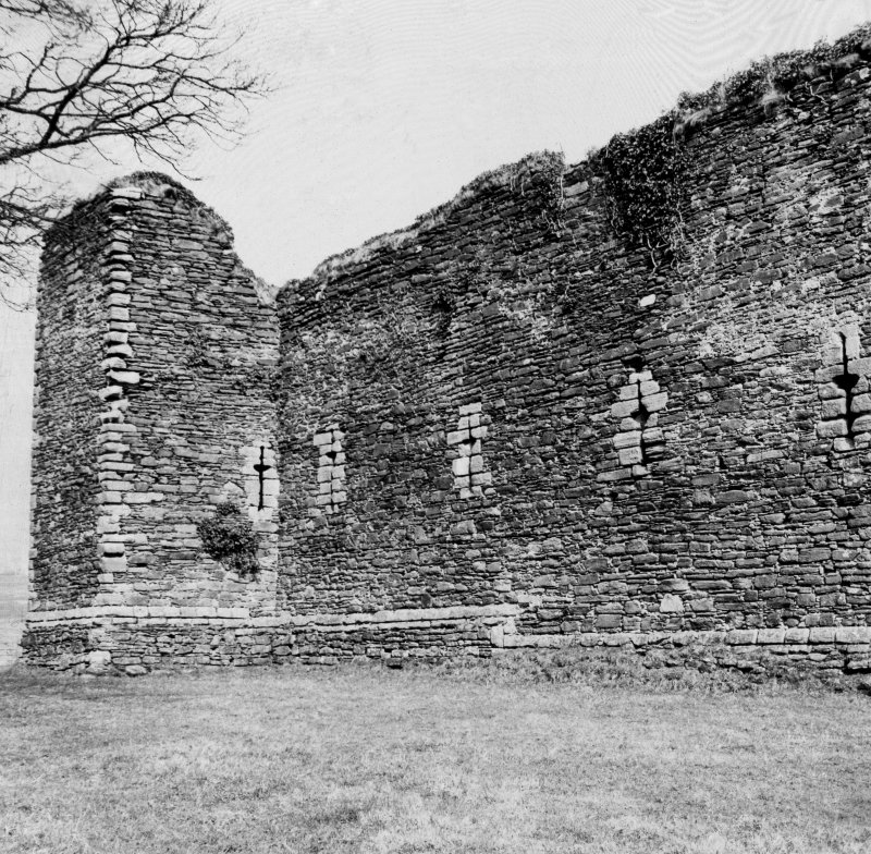 View of west curtain wall, Skipness Castle.