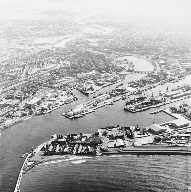 Aberdeen Harbour, oblique aerial view, taken from the NNW.