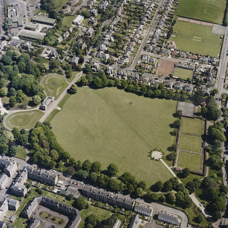 Oblique aerial view centred on the park and pavilion, taken from the SW.