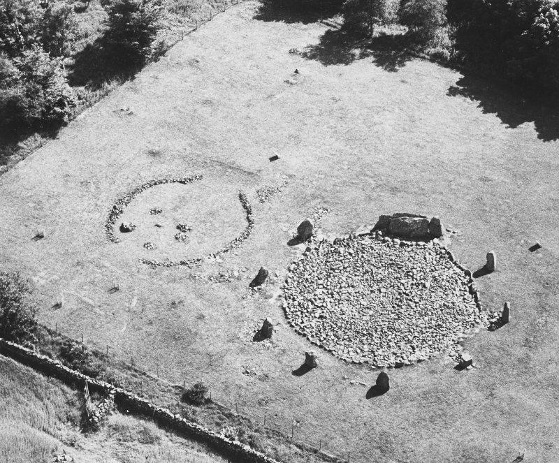 Loanhead of Daviot, recumbent stone circle, aerial photograph.