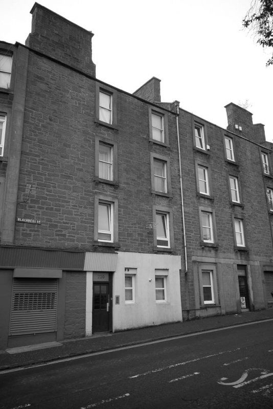 Tenement block at 218-222 Blackness Road, Dundee.