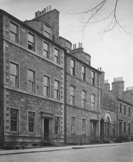 Photograph of Nos 22, 23a, 23 and 24 George Square