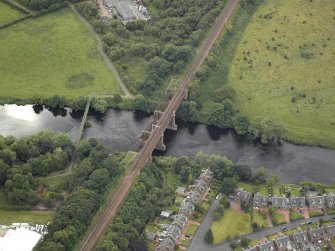 Oblique aerial view centred on the bridge, taken from the ENE.