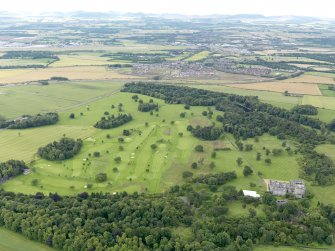 General oblique aerial view of Dundas Park Golf Course, taken from the NW.