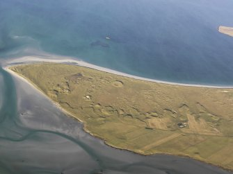 General oblique aerial view of Machair Robach and Vallaquie, North Uist, taken from the SSE.