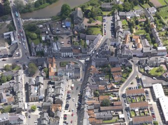 Oblique aerial view of Haddington centred on the George Hotel, taken from the W.