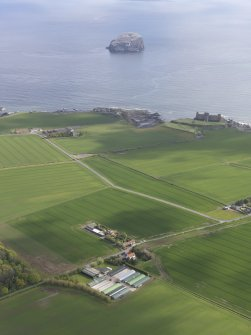 General oblique aerial view of Tantallon Castle, Bass Rock, Canty Bay, Castleton, looking NE.