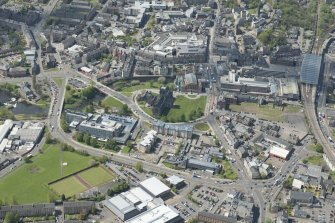 General oblique aerial view of the centre of Paisley centred on Paisley Abbey, looking to the WSW.