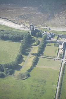 Oblique aerial view of Thurso Castle and East Mains farmstead, looking to the WNW.