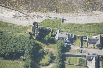 Oblique aerial view of Thurso Castle, looking to the SE.