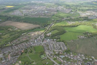 Oblique aerial view of Bonnyrigg, Lasswade and Newbattle Viaduct, looking NW.
