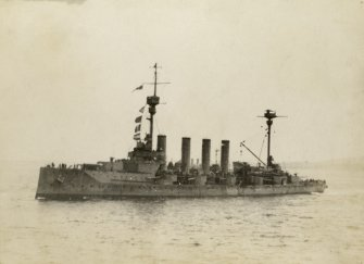 Unidentified ship. British Warrior-class armoured cruiser. Possibly HMS Achilles.