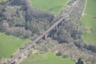 Oblique aerial view of Ballochmyle Railway Viaduct, looking SE.