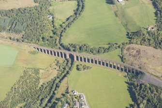 Oblique aerial view of Nairn Viaduct, looking ENE.
