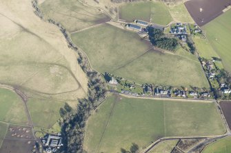 Oblique aerial view of Kinfauns village, looking N.