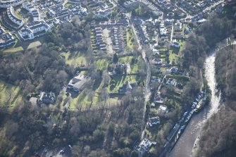 Oblique aerial view of Cramond Village, looking S.
