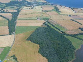 Oblique aerial view of part of the Black Isle, to the west of Avoch, looking NE.