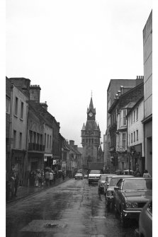 General view, view West along High Street, from Cross Wynd