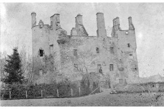 General view of ruined Castle Copied from a Grangerised copy of The History of the Geneologies of the Mackenzies by Alexander Mackenzie 1879