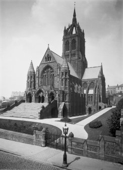 Scan of B 64229. Coates Memorial church, Paisley high street. View from SE.