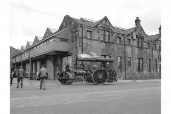 Glasgow, Albert Drive, Coplaw Tram Depot View of traction engine on Pollockshaws Road