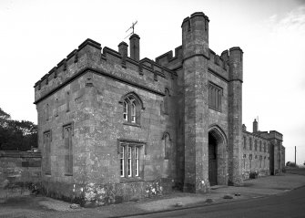 Castle Toward, South Lodge. General view of South lodge from South-West.