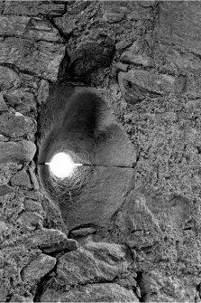 Castle Stalker. Detail of caphouse gunloop.