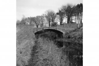 Linlithgow, Preston Road, Union Canal Bridge No.45 General View