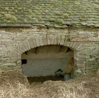 Stable, (former steading), detail of arch on North wall. Digital image of D 31009 CN