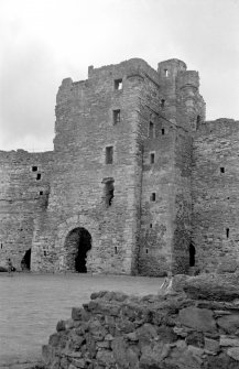North Berwick, Tantallon Castle. General view of entrance. Digital image of EL 1190.