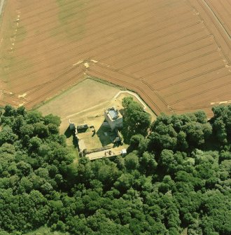 Spynie Palace, oblique aerial view, taken from the NE, centred on the Bishop's Palace. Digital image of C 52972 CN